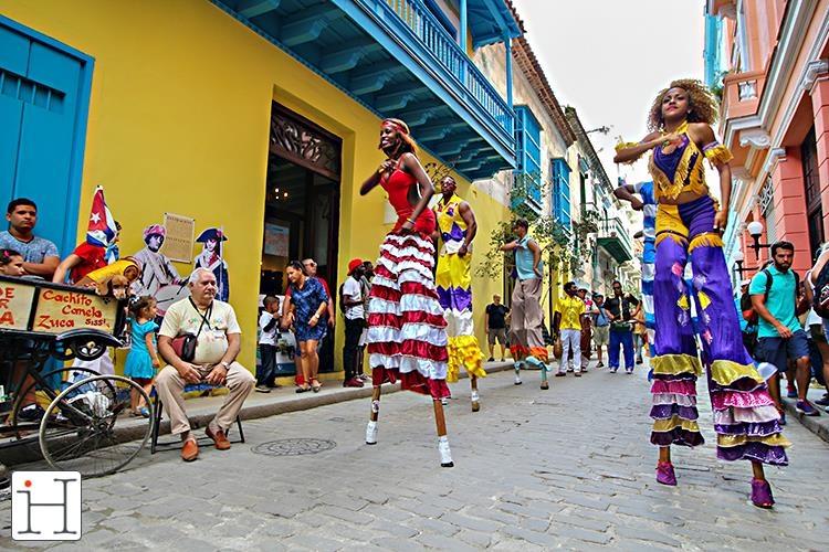 Karşıtlıkların Buluşması Havana